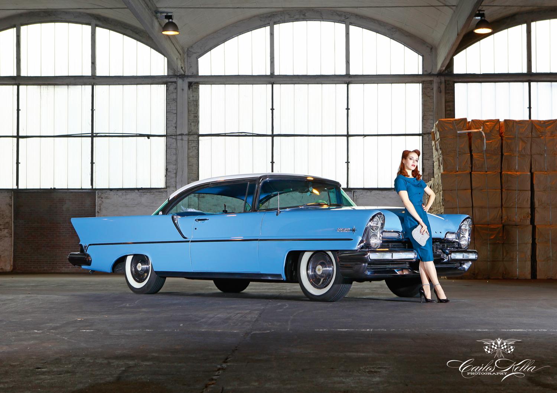 Cars & Girls Girls & legendary US Cars by Carlos Kella