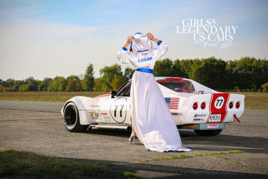 Girls & legendary US-Cars 2021, Eve Champagne