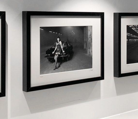 Jetzt neu im Shop bei SWAY Books: Der Oberhafen-Zyklus von Carlos Kella. Zehn echte Fotoabzüge auf ILFORD S/W-Papier. Gerahmt, limitiert und signiert.