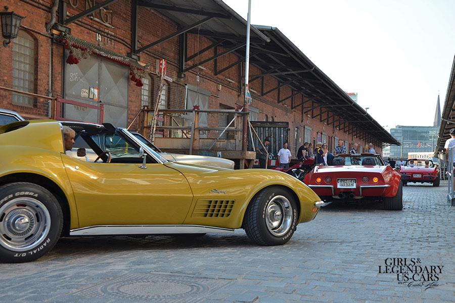 OUT NOW! Der Girls & legendary US-Cars 2021 Wochenkalender ist lieferbar!